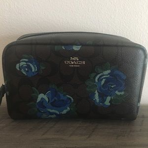 Coach Signature Floral Jumbo Cosmetic Case NWT